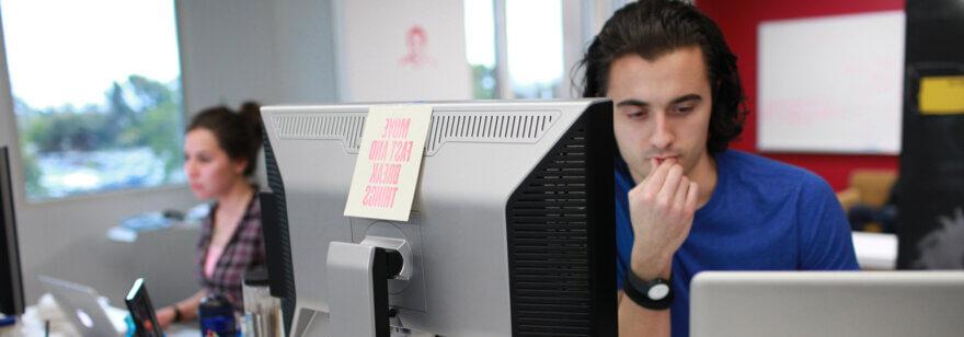 Бастион ищет фронтендера и Go системного разработчика